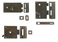 cerraduras-antiguas-hierro-tratado
